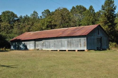 modoc ga warehouse photograph copyright brian brown vanishing south georgia usa 2010
