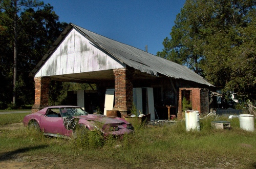 mora ga vickers store photograph copyright brian brown vanishing south georgia usa 2010