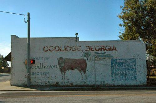 coolidge ga cow mural willis mercantile photograph copyright brian brown vanishing south georgia usa 2010