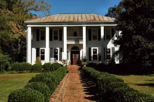historic marshallville ga frederick wade house photograph copyright brian brown vanishing south georgia usa 2012
