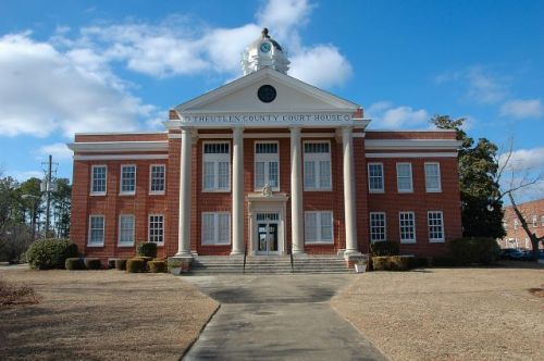 treutlen county courthouse soperton ga photograph copyright brian brown vanishing south georgia usa 2011