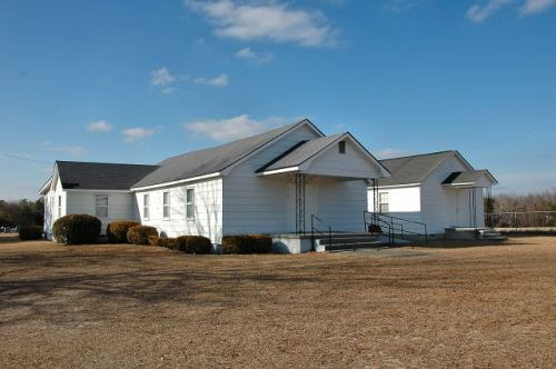 zaidee advent christian church photograph copyright brian brown vanishing south georgia usa 2011