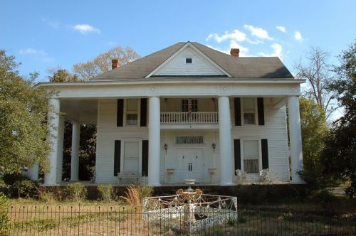 hazlehurst ga neoclassical revival house photograph copyright brian brown vanishing south georgia usa 2011