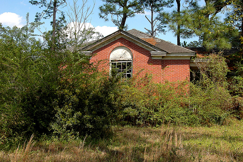 cogdell ga abandoned school photograph copyright brian brown vanishing south georgia usa 2011