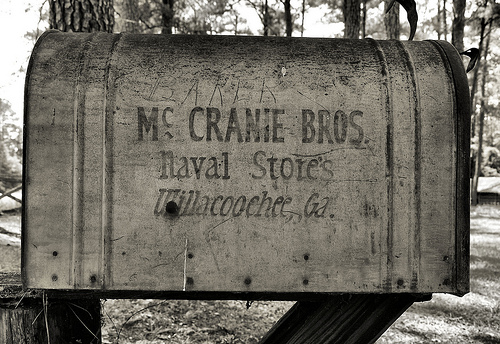 http://vanishingsouthgeorgia.files.wordpress.com/2011/04/willacoochee-ga-atkinson-county-turpentine-industry-landmark-mccranie-brothers-mailbox-pictures-photo-copyright-brian-brown-photogapher-vanishing-south-georgia-usa-2010-2011.jpg