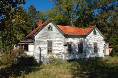 ludowici ga tile roof house photograph copyright brian brown vanishing south georgia usa 2011