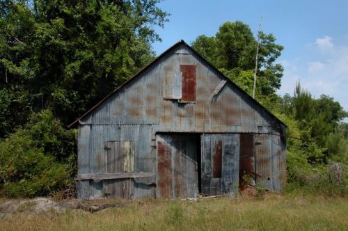 howell ga abandoned garage photograph copyright brian brown vanishing south georgia usa 2011
