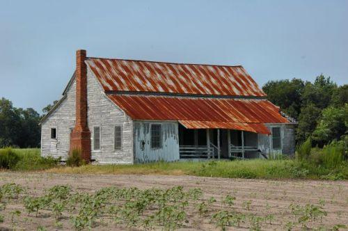 appling county ga highway 203 vernacular farmhouse photograph copyright brian brown vanishing south georgia usa 2011