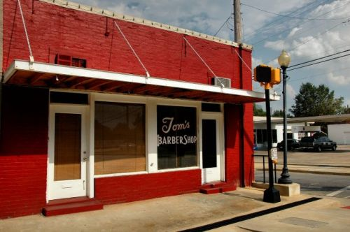 blakely ga toms barber shop photograph copyright brian brown vanishing south georgia usa 2010