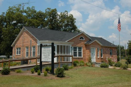 brinson-ga-town-hall-decatur-county-photograph-copyright-brian-brown-vanishing-south-georgia-usa-2011