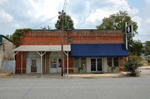 georgetown-ga-commercial-storefront-photograph-copyright-brian-brown-vanishing-south-georgia-usa-2011