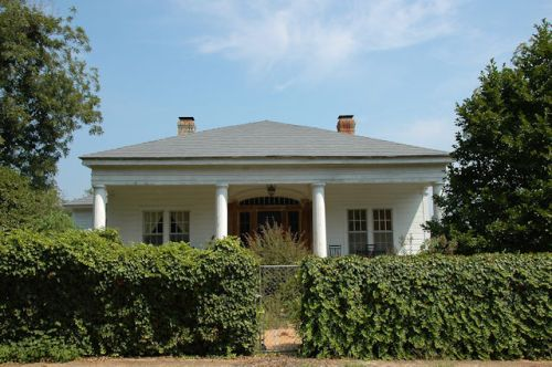 lumpkin-ga-antebellum-greek-revival-house-photograph-copyright-brian-brown-vanishing-south-georgia-usa-2011