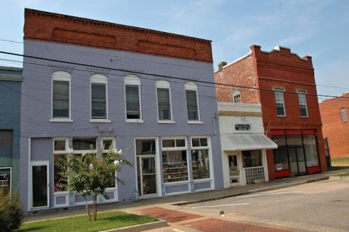 richland-ga-historic-storefronts-photograph-copyright-brian-brown-vanishing-south-georgia-usa-2011
