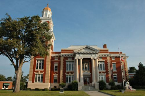 turner-county-courthouse-ashburn-ga-photograph-copyright-brian-brown-vanishing-south-georgia-usa-2011