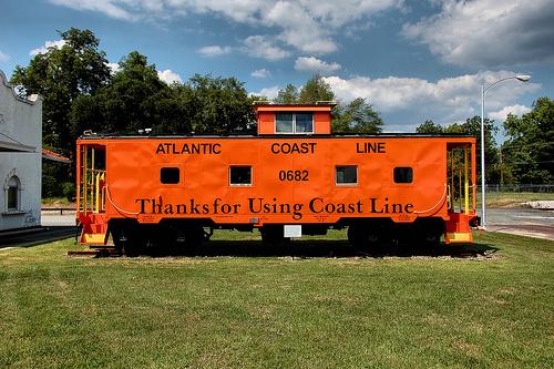 atlantic-coast-line-caboose-fitzgerald-ga-photograph-copyright-brian-brown-vanishing-south-georgia-usa-2011