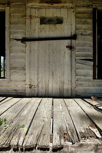Abandoned Country Store Hencart Hen Cart Road Wooden Door Front