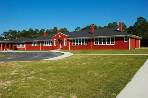 black-creek-elementary-school-bryan-county-ga-photograph-copyright-brian-brown-vanishing-south-georgia-usa-2011