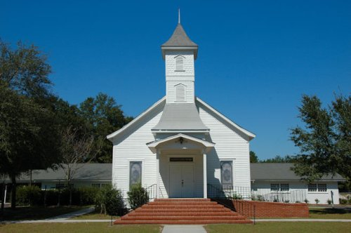 historic-ellabell-methodist-church-bryan-county-ga-photograph-copyright-brian-brown-vanishing-south-georgia-usa-2011