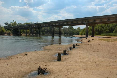 ocmulgee-river-bridge-jacksonville-ga-photograph-copyright-brian-brown-vanishing-south-georgia-usa-2011