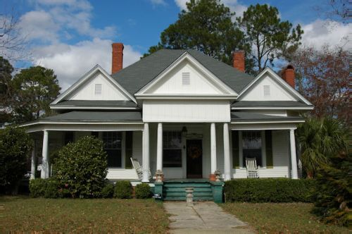 ashburn-ga-neoclassical-house-photograph-copyright-brian-brown-vanishing-south-georgia-usa-2011