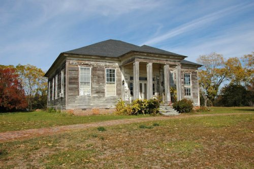 houston-county-ga-greek-revival-photograph-copyright-brian-brown-vanishing-south-georgia-usa-2011