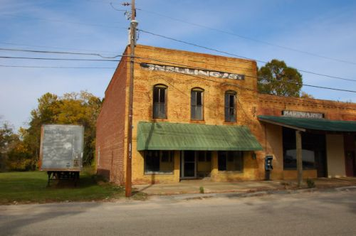 pinehurst-ga-snellings-general-store-photograph-copyright-brian-brown-vanishing-south-georgia-usa-2011