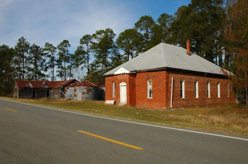 pitts-ga-snow-hill-church-photograph-copyright-brian-brown-vanishing-south-georgia-usa-2011