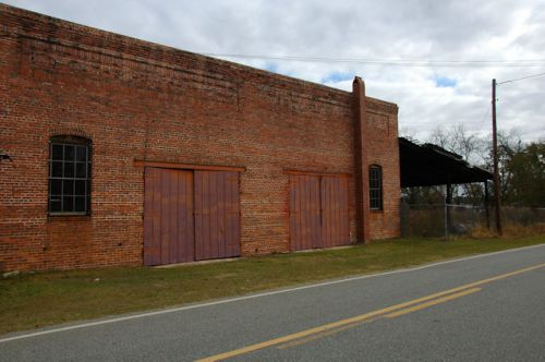 warwick-ga-aultman-spooner-warehouse-photograph-copyright-brian-brown-vanishing-south-georgia-usa-2011