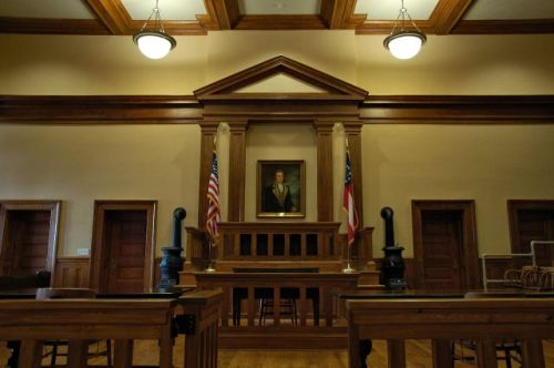 historic effingham county courthouse bench photograph copyright brian brown vanishing south georgia usa 2011