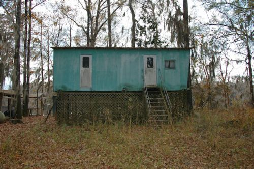 mcnatt-falls-altamaha-river-ga-fishing-cabin-photograph-copyright-brian-brown-vanishing-south-georgia-usa-2011