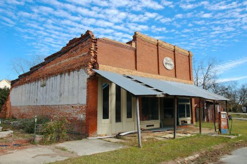 register-ga-historic-storefronts-photograph-copyright-brian-brown-vanishing-south-georgia-usa-2011