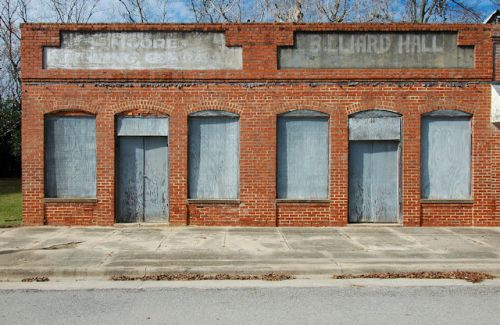 register-ga-moore-trading-company-billiard-hall-photograph-copyright-brian-brown-vanishing-south-georgia-usa-2011