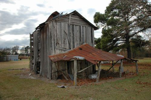 tattnall-county-ga-tobacco-barn-photograph-copyright-brian-brown-vanishing-south-georgia-usa-2011