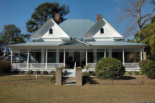 boston-ga-queen-anne-cottage-photograph-copyright-brian-brown-vanishing-south-georgia-usa-2012