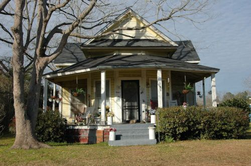 pavo-ga-t-plan-gable-front-house-photograph-copyright-brian-brown-vanishing-south-georgia-usa-2011