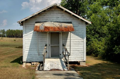 waterloo-ga-precinct-house-photograph-copyright-brian-brown-vanishing-south-georgia-usa-2012