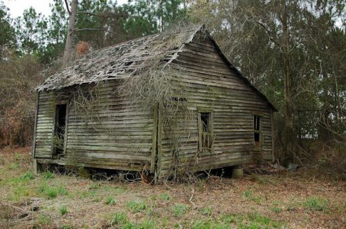 irwin-county-ga-single-pen-tenant-farmhouse-photograph-copyright-brian-brown-vanishing-south-georgia-usa-2012