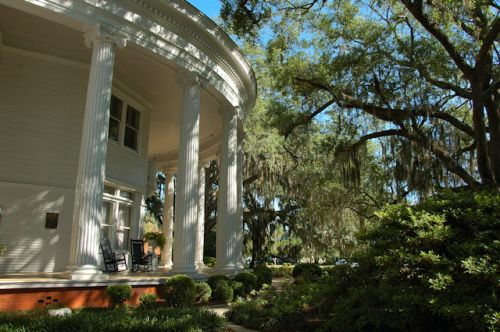 valdosta-ga-the-crescent-house-photograph-copyright-brian-brown-vanishing-south-georgia-usa-2012