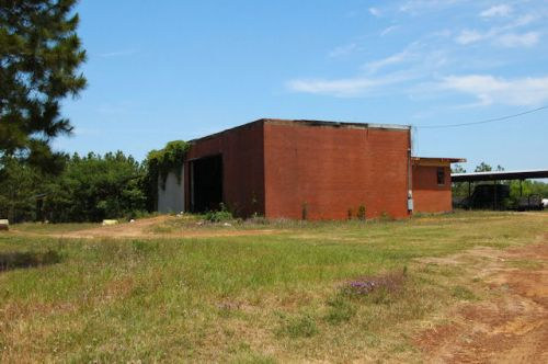 holt-ga-colored-elementary-school-photograph-copyright-brian-brown-vanishing-south-georgia-usa-2012