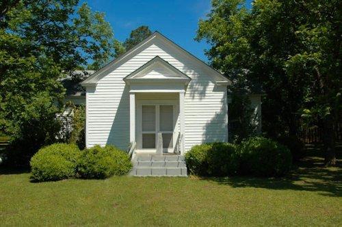historic-hatley-united-methodist-church-crisp-county-ga-photograph-copyright-brian-brown-vanishing-south-georgia-usa-2012