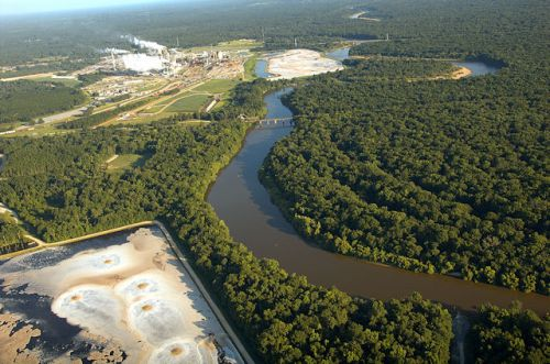 rayonier-jesup-ga-pollution-holding-ponds-toxins-altamaha-river-wayne-county-aerial-view-riverkeeper-photograph-copyright-brian-brown-vanishing-south-georgia-usa-2012