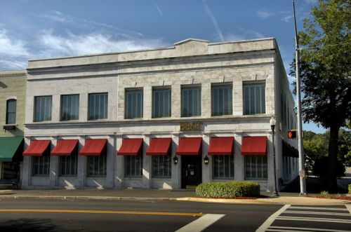 metter-bank-company-ga-photograph-copyright-brian-brown-vanishing-south-georgia-usa-2012