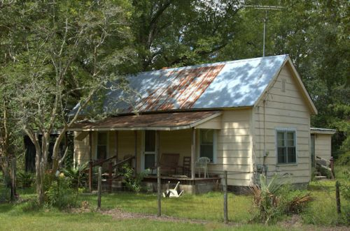 queensland-ga-stewart-house-photograph-copyright-brian-brown-vanishing-south-georgia-usa-2012