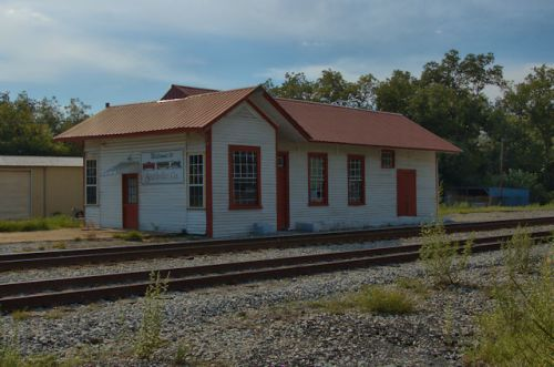 smithville-ga-central-of-georgia-railway-depot-photograph-copyright-brian-brown-vanishing-south-georgia-usa-2012