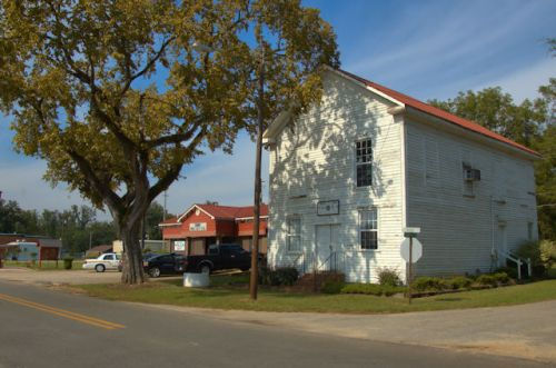 smithville-ga-masonic-lodge-photograph-copyright-brian-brown-vanishing-south-georgia-usa-2012