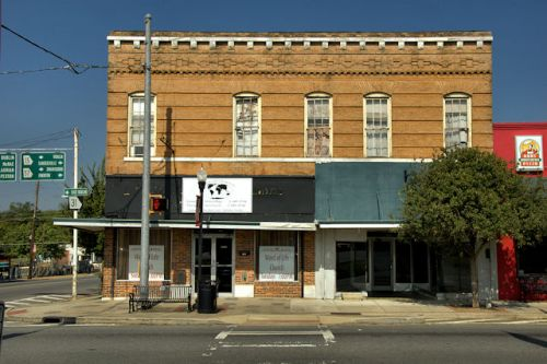 wrightsville-ga-commercial-block-photograph-copyright-brian-brown-vanishing-south-georgia-usa-2012
