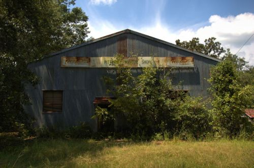 benevolence-ga-pittman-machine-shop-photograph-copyright-brian-brown-vanishing-south-georgia-usa-2012