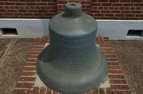 cuthbert ga city hall bell photograph copyright brian brown vanishing south georgia usa 2012