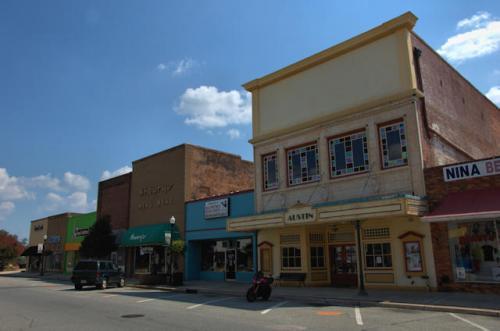 fort-valley-ga-austin-theatre-photograph-copyright-brian-brown-vanishing-south-georgia-usa-2012