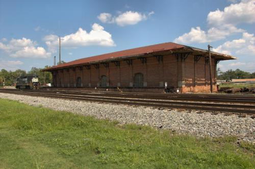 fort-valley-ga-central-of-georgia-railway-depot-photograph-copyright-brian-brown-vanishing-south-georgia-usa-2012